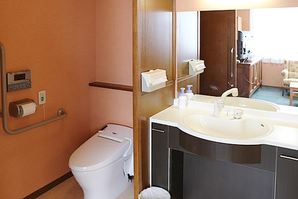 特別室(3F)トイレ・洗面所